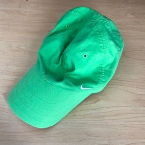 Green tennis/ running hat
